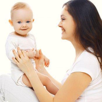Ejercicios de estimulación y psicomotricidad para los bebés