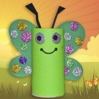 Mariposa con rollo de papel higiénico. Manualidades para niños