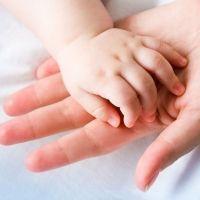 Las manos de los bebés. Progresos de 0 a 24 meses
