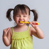 Higiene y limpieza de los dientes de los niños