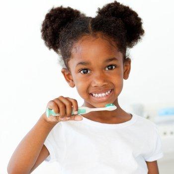 Fluor en los dientes de los niños
