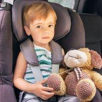 Prevención de accidentes de coche en niños y bebés