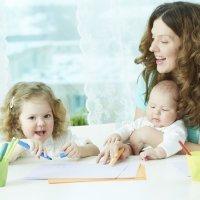 Elegir una canguro, niñera o cuidadora para los niños
