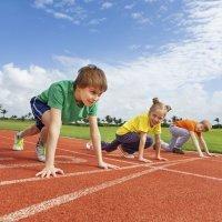 Los pediatras piden descanso para los niños deportistas