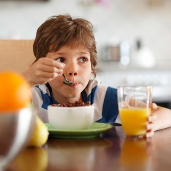 Aprender a comer sin cuentos