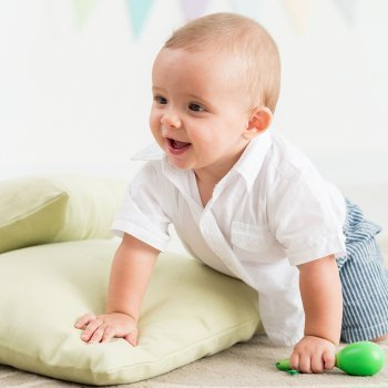 Juegos para estimular el gateo del bebé