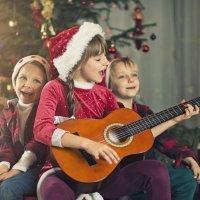 Instrumentos musicales para que los niños disfruten de la Navidad