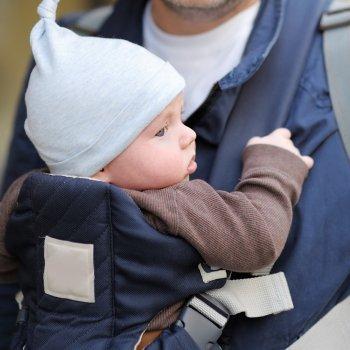 Mochilas para portear al bebé: ventajas e inconvenientes