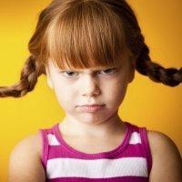 A qué se debe el mal genio de los niños
