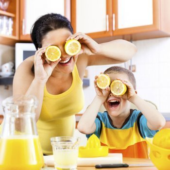 Beneficios del limón para niños y embarazadas