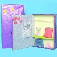 Armario para muñecas. Manualidades de reciclaje