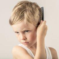 Por qué tienen los niños remolinos en el cabello