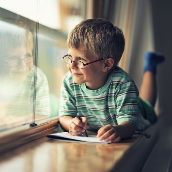 7 trucos para enseñar a los niños a escribir poesía