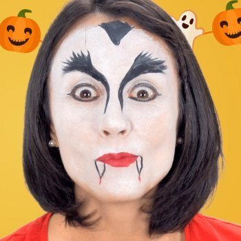 Maquillaje de Drácula. Disfraces infantiles de vampiro