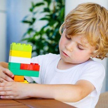 Juguetes adecuados para niños Asperger