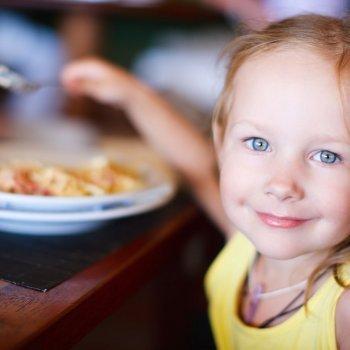9 consejos para la hora de la comida de niños TDAH