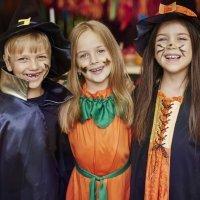 Cómo celebrar un Halloween de miedo para los niños