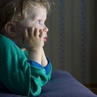 ¿Qué hacen los niños con la televisión?