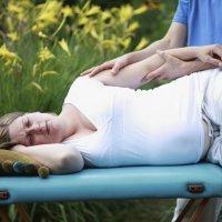 Masaje para aliviar las molestias del embarazo