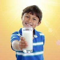 Calcio y vitamina D para los huesos de los niños