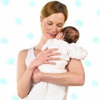 Abrazar a los recién nacidos