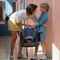 Consejos de los padres a sus hijos a la puerta del cole