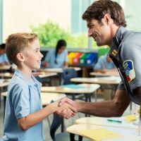 Cómo enseñar sencillas normas sociales a los niños