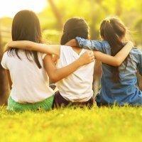 ¿Son buenas las amistades de tu hijo?