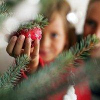 Bolas para decorar el árbol navideño