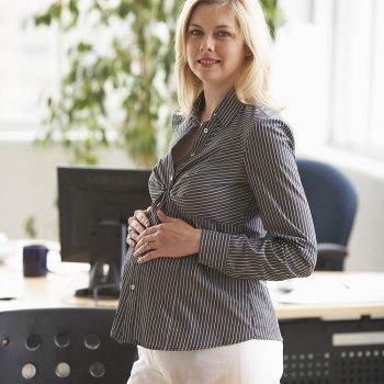 Consejos para seguir trabajando durante el embarazo
