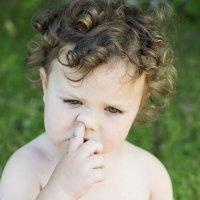 Los niños y el mal hábito de hurgarse la nariz