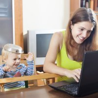 Qué difícil es conjugar el papel de madre con el trabajo...