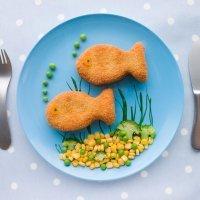 Cómo decorar los platos de comida de los niños