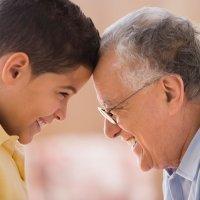 Abuelos-canguro: la última generación