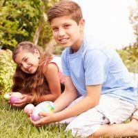 El juego de los huevos de Pascua para los niños