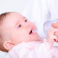 La cantidad de agua que deben beber los niños
