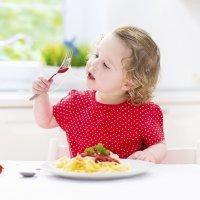 ¿Cuánto tiempo necesita un niño para comer?