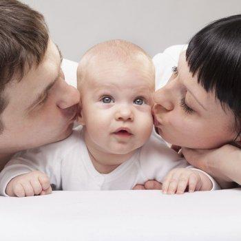 Padres primerizos sobreprotectores