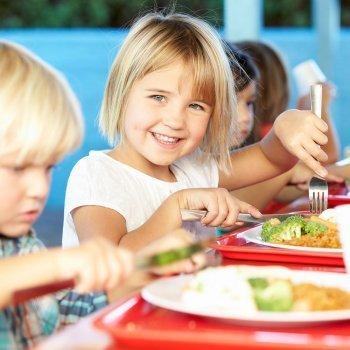 Comer en el colegio reduce la obesidad