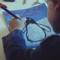 Un niño descubre en Navidad lo que significa amar