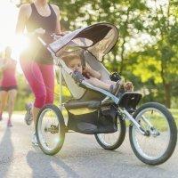 Cómo hacer deporte con el bebé en el parque