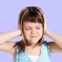 Los grandes enemigos del oído de los niños