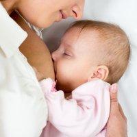 Dar el pecho: ¿inhibe la ovulación?