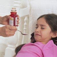 ¿Qué hacer si el niño vomita el medicamento?