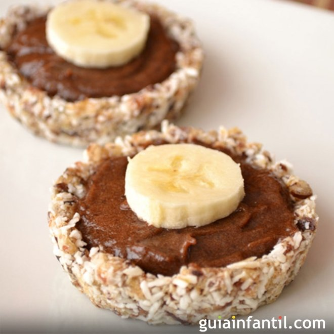 Tartaletas de chocolate y plátano. Recetas dulces para niños