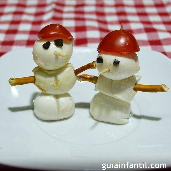 Muñeco de nieve de mozzarella. Canapés de Navidad