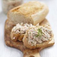 Paté de salmón. Receta de aperitivo para niños