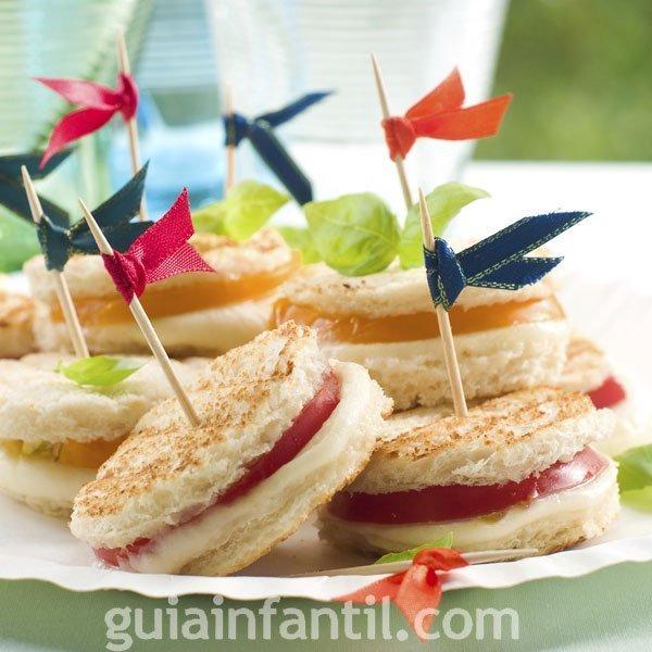 Canap s f ciles y r pidos para una fiesta infantil for Canapes sencillos y rapidos
