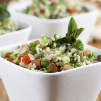 Receta de tabulé. Ensalada árabe con verduras para niños