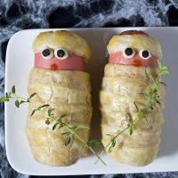 Momias de salchichas y hojaldre. Recetas para Halloween